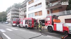 Como, 4 bimbi muoiono in casa incendiata da padre