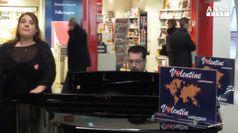 San Valentino: canzoni romantiche per passeggeri a Fiumicino