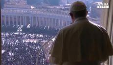 Papa: felicita' non e' nei soldi ne' nella carriera