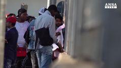 Migranti: giu' permessi umanitari, -30% dopo direttiva