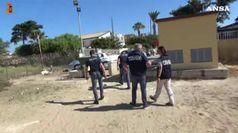 Droga: spaccia vicino la casa di Montalbano, arrestato