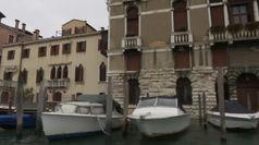 Venezia aspetta il nuovo picco dell'acqua alta