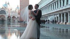 Venezia, quelli che non si arrendono all'alta marea