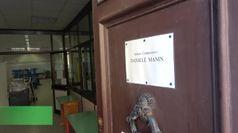 Ecco le nuove distanze tra i banchi monoposto a scuola