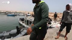 Migranti: Istat, crollo ingressi ma piu' 'nuovi italiani'